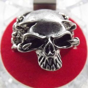 Other - Vintage Human SKULL RING Heavy Stainless Steel